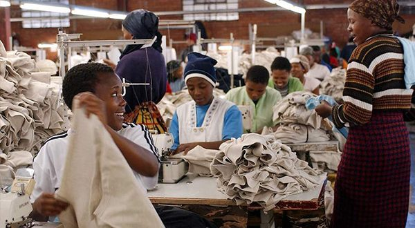 C&Y garment factory's initiatives for workers win applause from French Ambassador to South Africa