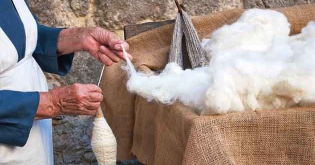 Sharp rise in global trade of carded wool woven fabrics