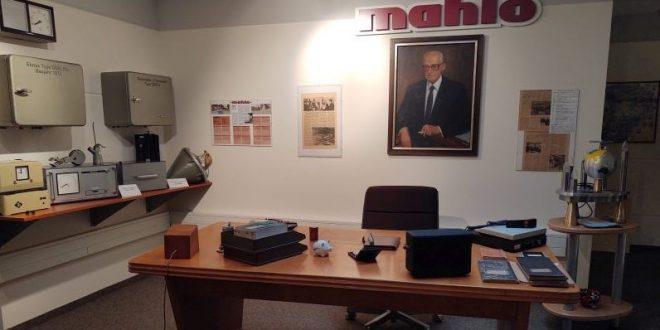 Mahlo-Original Desk Dr Mahlo