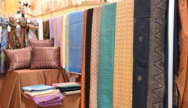 Thai silk products. (Photos courtesy of Iconsiam)
