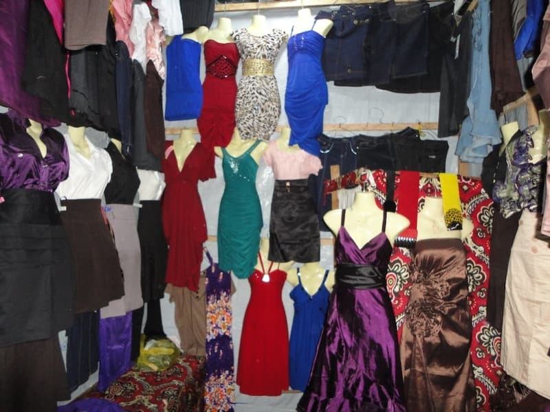 Burundi-dress-shop