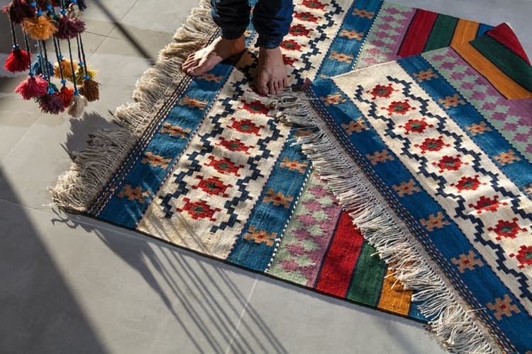 What's kilim-middle-east-textile-journal