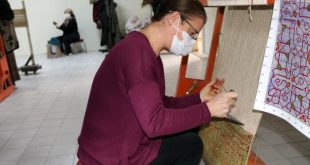 Mamluk style handmade carpets adorn homes in Japan