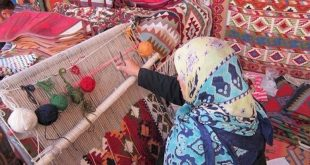 Semnan's nomads produce over 7,000 square meters of hand-woven rugs, textiles in 9 months