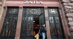 A man wearing a protective face mask walks out of a Zara store in central Kyiv, Ukraine, Nov. 25, 2020. (Reuters Photo)